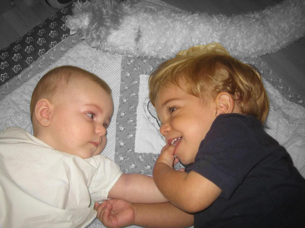 elena y alberto bebes