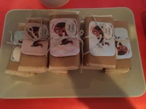 sandwich cumpleaños papel estraza