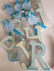 Letras decoradas detalle invitados primera comunión bodas bautizos