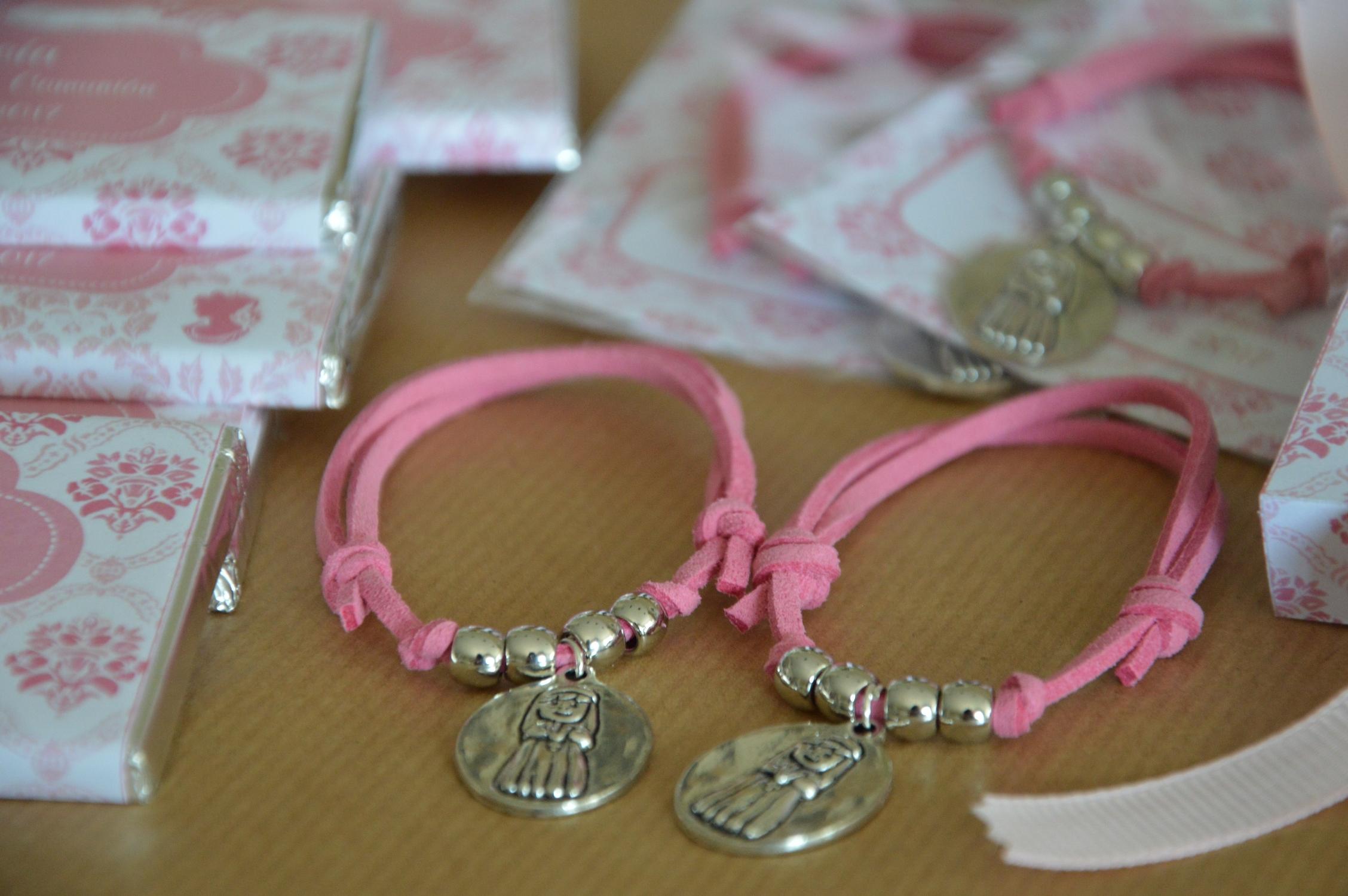 Pulseras primera comunion rosa eupml