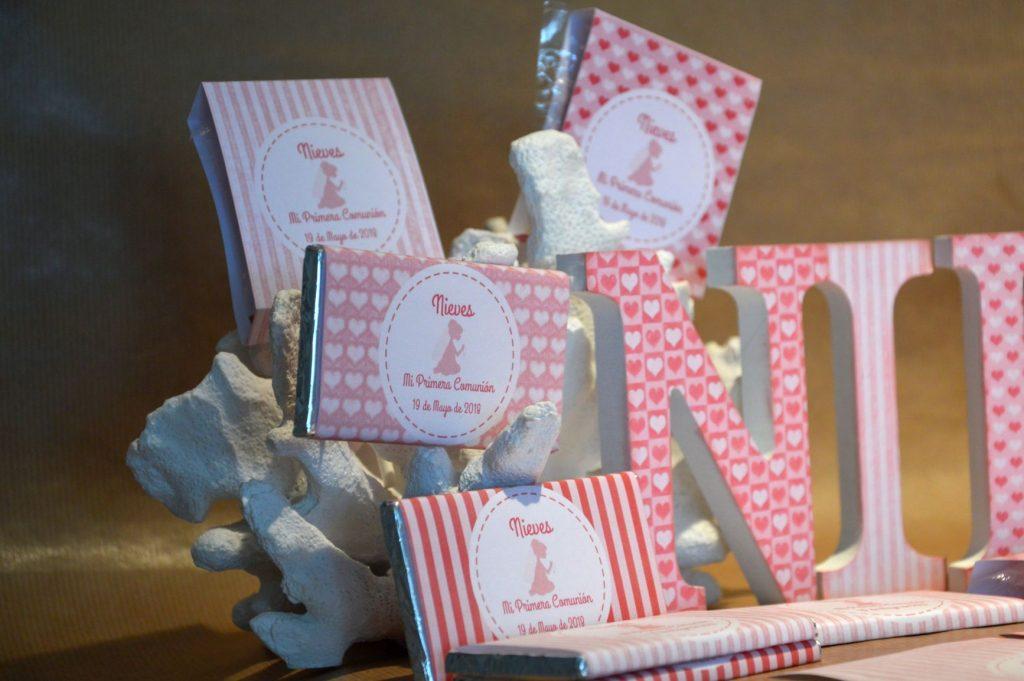 Chocolatinas personalizadas primera comunion rosas con corazones